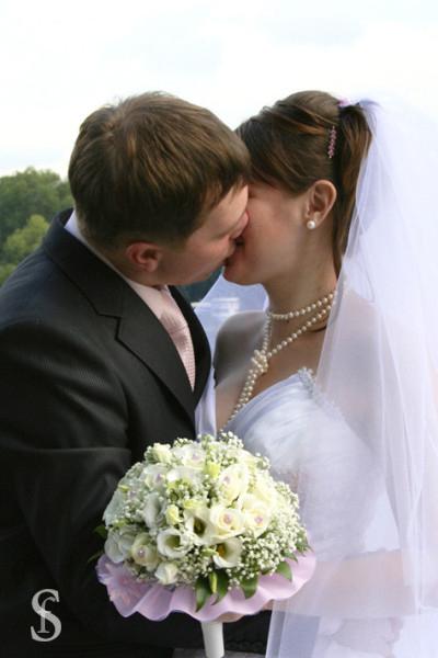 Поцелуй жениха и невесты, фото by Svetlana Fonfrovich, 2