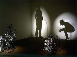 Картинки игра теней. Тень - автопортрет Уэбстер и Нобла
