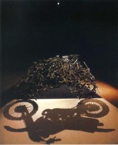 Картинки игра теней. Теневой силуэт мотоцикла