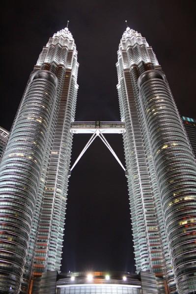 башни близнецы, башни близнецы картинки малайзия, башни близнецы фото, башни близнецы в малайзии, башни близнецы в малайзии фото, башни близнецы куала лумпур, куала лумпур башни близнецы, башни близнецы куала лумпур фото, башни близнецы картинки, Башни- близнецы в Куала Лумпуре, малайзия фото и отзывы, малайзия отзывы туристов с фото, новый год в малайзии, встретить новый год в малайзии, новый год фото малайзия, новогодний куала лумпур, новый год в куала лумпуре фото, новый год в малайзии отзывы, новый год в малайзии фото, востоный новый год в малайзии, малайзия в январе, отдых в малайзии, фото малайзия, малайзия фото, куала лумпур фото, фото куала лумпура, где отдохнуть в январе, где отдохнуть в декабре, рассвет на мутной реке, отзывы о малайзии, малайзия отзывы, малайзия отзывы туристов, отзывы туристов о малайзии, об отдыхе в малайзии, как отдохнуть в малайзии, малайзия, малайзия картинки, куала лумпур картинки
