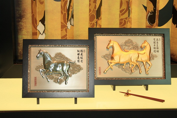 фигурки роял селангор, сувениры ройял силангор, Год лошади ройял силангор малайзия