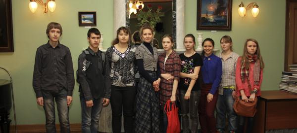 Победители конкурса - ученики и педагоги студии Рисуем, фото Светланы Фонфрович