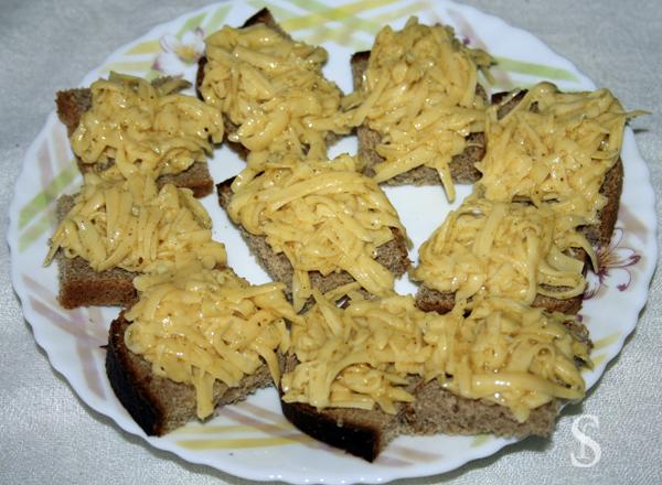 Гренки оригинальные с сыром и пряностями, рецепт с фото by Svetlana Fonfrovich, 1