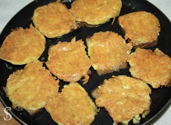 Гренки оригинальные с сыром и пряностями, рецепт с фото by Svetlana Fonfrovich, 4