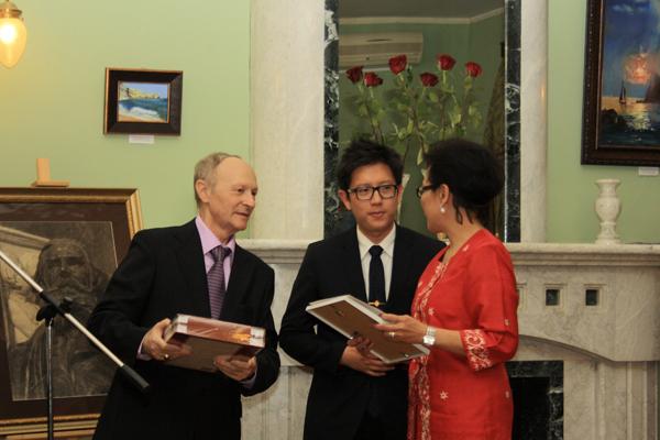 Участники конкурса к 190-летию А.П. Боголюбова из Индонезии