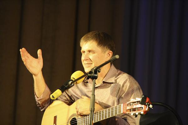 Александр Гаджиев Концерт авторской песни Споемте друзья в Красково
