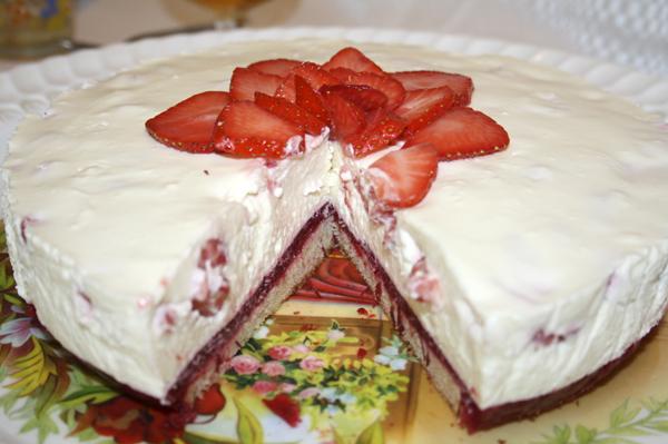 Лучший-торт-на-день-Святого-Валентина-от-@noorysan.jpg