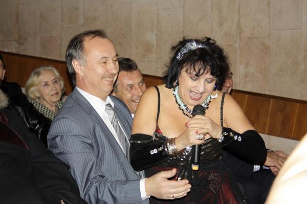 Новогодний прием главы Малаховки в КДЦ Союз - интерактивные танцы г-жи Жемчужной