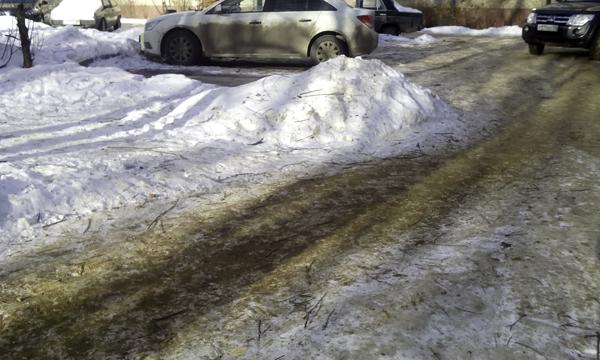 Грязь на улицах Малаховки (3)