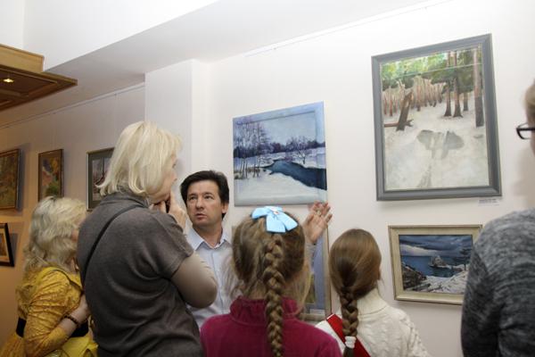 Студия-Рисуем-в-библиотеке-Боголюбова-фото-Дмитрия-Доможирова-15.jpg