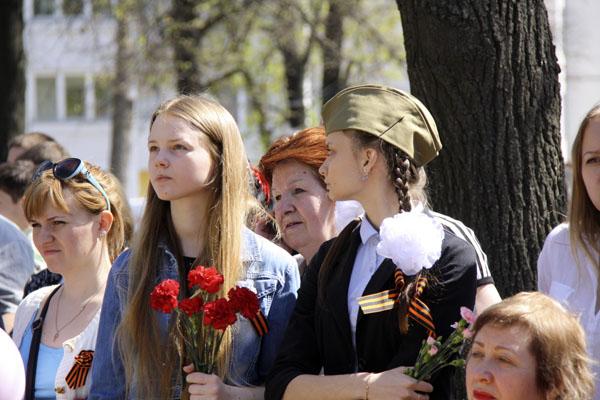 День-Победы-в-Октябрьском-школьники-фото-@NoorySan.jpg