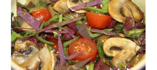 салат с грибами и черри, салат с шампиньонами, грибной салат с черри