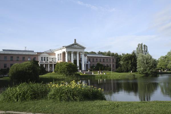 ботанический сад в москве, учадьба в ботаническом саду, парковый ансамбль с усадьбой, старинная русская усадьба