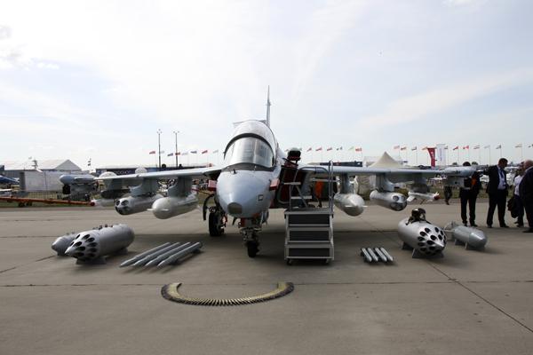 як-130, як-130 на МАКС 2015, як-130 оснащение