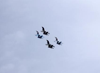 высший пилотаж су-27, су-30 в небе, русские витязи в небе, пилотажная группа в небе