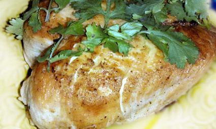 кура карри, курочка карри фото, запеченная курица карри, курица в соусе карри картинки, курица в соусе запеченная, грудка карри запеченная фото, грудка карри по-малаховски, курица в духовке малаховский рецепт