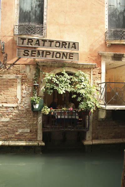 trattoria foto, venezia foto, улицы Венеции фото, каналы в венеции фото, траттория фото, траттория в венеции фото, траттория картинки, траттория в италии картинки, траттория в италии фото, венеция картинки