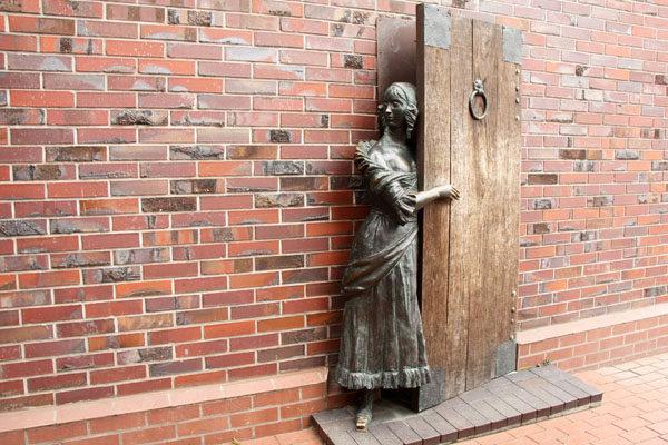 мой мирок, открытая дверь