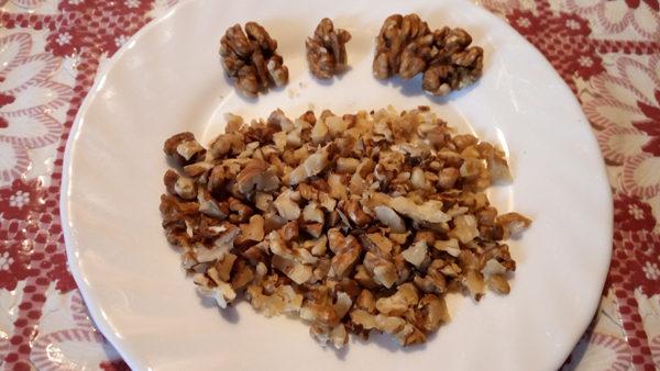 брусничное варенье с грецкими орехами